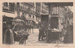 PARIS VECU  - Un Kiosque à Journaux - Straßenhandel Und Kleingewerbe