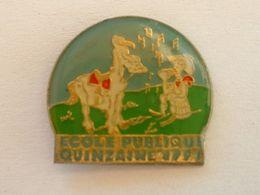 PIN'S BD LUCKY LUKE - ECOLE PUBLIQUE - QUINZAINE 1991 - BD