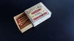 Boite Ancienne Allumettes BRYANT & MAY ROYAL WAX VESTAS - Matchbox - Boites D'allumettes