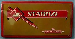 Alte Leere Blechdose - Stabilo Schwan - Schwan-Bleistift-Fabrik - 1970er Jahre   -  (ta) - Autres Collections