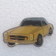 PINS MERCEDES MODELE N°44 - Mercedes