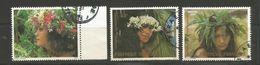 205/207    Couronnes De Fleurs (clascamerou22) - Polynésie Française
