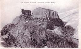 74 - Haute Savoie - CHAMONIX - MONT BLANC - Aiguille Du Gouter - Ancien Et Nouveau Refuge - Alpinisme - Chamonix-Mont-Blanc