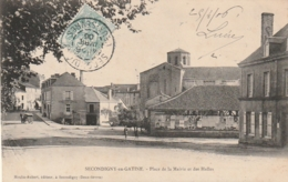 ***  79 ****  SECONDIGNY EN GATINE  Place De La Mairie Et Des Halles  - Timbrée TTB - Secondigny