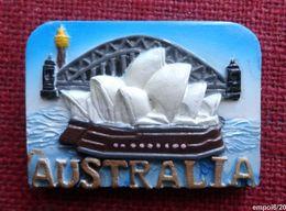 Magnet AUSTRALIA - AUSTRALIE -  Résine - 7  X 5 X 0,5 Cm - Tourismus