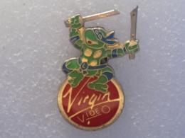 PINS LOT11                         97 - Pin's