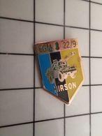 316a Pin's Pins / Rare & Belle Qualité !!! THEME : MILITARIA / EGN GENDARMERIE MOBILE HIRSON 22/9 BLINDE LEGER - Militaria