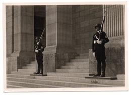 Berlin SS Wachposten Reichskanzlei Foto AK 1940 - Brandenburger Door