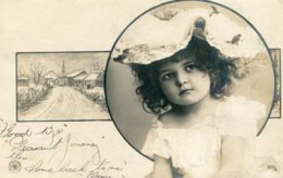 Untitled RPPC Of Child And Snow Scene.  Argentina Stamp - Undivided Rear - Escenas & Paisajes