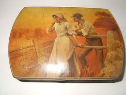 Boite  Ancienne  Biscuits Olibet ( Suresnes & Talence ) - Boxes