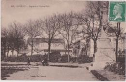Bv - Cpa LORIENT - Square Et Statue Nail - Lorient