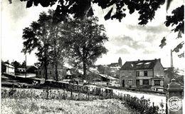 STOUMONT  Entrée Du Village Vers L' église   Carte  Photo. - Pepinster