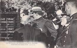 EVENEMENT Réception - PARIS Visite De S.M. ALPHONSE XIII à L'AERO CLUB - Le Roi écoute Le Discours De M. CAILLETET - CPA - Recepciones