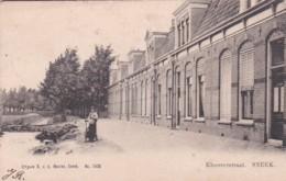 48154Sneek, Kloosterstraat. (poststempel 1903)(minuscule Vouwtjes In De Hoeken) - Sneek