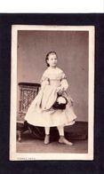 4 CDV PIERRE PETIT  PARIS  : Jeune Fille , Jeune Homme  Femmes En Costume à Identifier Vintage Albumen Circa 1860 - Oud (voor 1900)