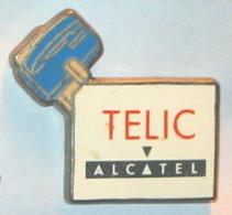 Pin's TELEPHONE TELIC D ALCATEL, Bleu - France Telecom