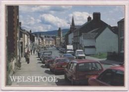 CPM - WELSHPOOL - High Street (voitures B.Plan ...) - Montgomeryshire