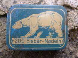 200 Eisbär-Nadeln Boite En Métal Lithographié Avec 50 Aiguilles Pour Phonographe - Varia