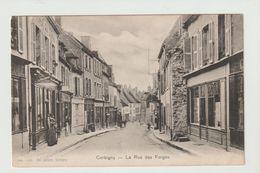 FRANCE / CPA / CORBIGNY / LA RUE DES FORGES - Corbigny