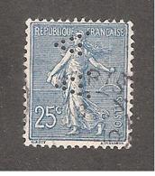 Perfin/perforé/lochung France No 132 A A (7) - France