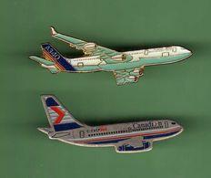 AVION *** Lot De 2 Pin's Differents - N°3 *** 0088 - Avions