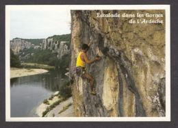 95749/ ALPINISME, Escalade Dans Les Gorges De L'Ardèche - Mountaineering, Alpinism