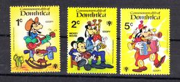 Dominica  - 1979. Disney. Pippo Suonachitarra, Fisarmonica, Cornamusa. Goofy Playing Guitar, Accordion, Bagpipe.. MNH - Disney