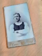 MANN IN DEUTSCHLAND DAZUMAL - WEIDEN - T. CRAMER - JUNGER, PERFEKT GESCHEITELTER TURNER - SPORT - MUSKELN - Sport
