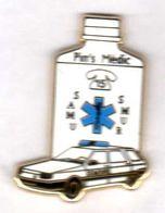 Pin's Medic Samu Blanc  Zamac Arthus Bertrand (1) - Arthus Bertrand