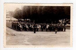 S26-003 Photo Dentellée Format Carte Postale - Musique Du 26 RI - Périgueux 1944 - Périgueux