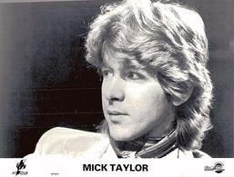 PHOTO PRESSE 18X24 / MICK TAYLOR - GUITARISTE ROCK UK 1981 - Famous People