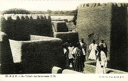 CPA  TCHAD  Sur Les Terrasses - Tchad