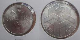 Portugal - 100 Escudos (100$00) And 250 (250$00) 1974 Silver - XF - Portugal