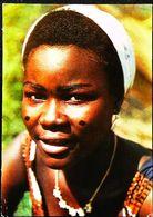 Tchad  Visage Du Monde  N°8  Jeune Fille Baya à Fort Archambault - Tchad