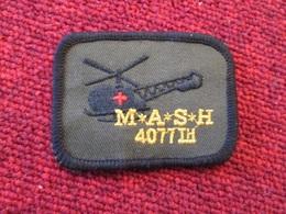 DIVDIV Ecusson Tissu Années 90 MASH 4077 TH - Scudetti In Tela