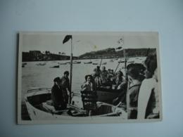 Trebeurden Arrivee Au Port Pecheurs Americains Hisses 2 Fanions Prise 2 Thons - Trébeurden