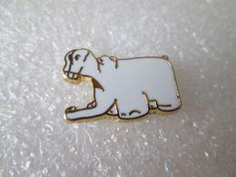 PIN'S   Hippopotame  IPODEC   Blanc   Arthus  Bertrand - Arthus Bertrand