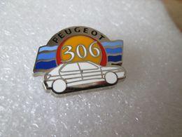 PIN'S    PEUGEOT  306  Zamak  METARGENT - Peugeot