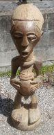 Beeld Van Man Van De Songye Stam Uit Congo - Statue D'un Homme De La Tribue Des Songye Du Congo - Arte Africano
