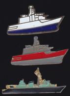65649-Lot De 3  Pin's-Bateau.Marine. - Barcos