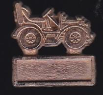 65654- Pin's-Automobile.Tacot. - Autres