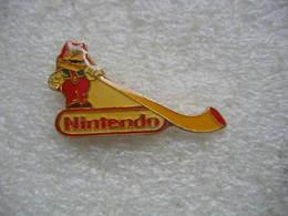 Pin's Mario Sur Console NINTENDO - Jeux