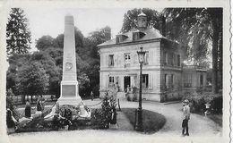 LIANCOURT  Le Monument Et L'Hôtel De Ville - Liancourt