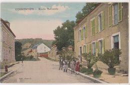 CPA :  Vermenton  (89)   Route Nationale  Hotel De L'espérance  Animation       Ed  Bezard - Vermenton