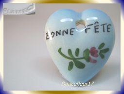 Clamecy ... Coeurs En Fête Pendentif.. Bonne Fête, Grand Modèle Tout Bleu ... Ref .AFF : 1994 - Anciennes
