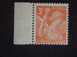 N°655a LUXE** - Type Iris - 3f - Rouge-Orange - Bord De Feuille Filigrané - Papier Japon - Gomme D'origine - 1939-44 Iris