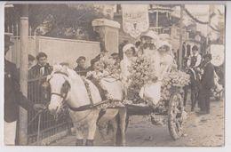 CARTE PHOTO MARPO AVENUE DE LA GARE MENTON - FETE DES FLEURS - MAJESTES SUR UN CHAR FLEURI - CORSO - 1911 ? - 2 SCANS - - Menton