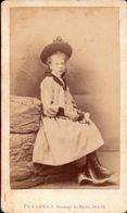 CDV, Fillette, Chapeau, Photo Penabert Paris     (bon Etat) - Old (before 1900)