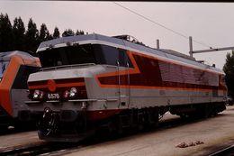 Photo Diapo Diapositive Train Wagon Locomotive Electrique SNCF CC 6576 à VSG Le 26/06/96 VOIR ZOOM - Diapositives