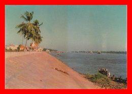 CPSM/gf  PHNOM PENH (Cambodge)  Le Quai Du Mékong...D373 - Cambodja